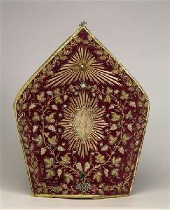 textile-treasures-of-turkish-armenian-patriarchate-revealed-in-a-book-2011-04-21_l