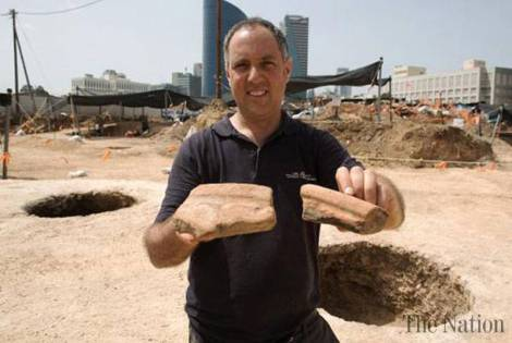 ancient-egyptian-vessels-discovered-1427676252-8384