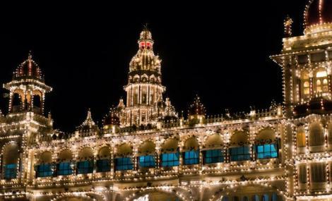 mysore_palace_yanasutina_sstock