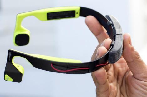 microsoft-aftershokz-bluez-2-bone-conducting-headset